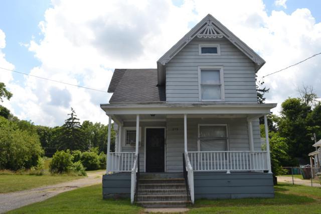 215 Upton Avenue, Battle Creek, MI 49015 (MLS #19033591) :: Matt Mulder Home Selling Team