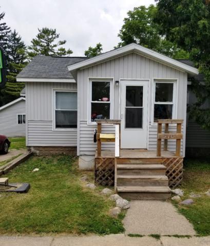 510 Clark Street, Big Rapids, MI 49307 (MLS #19033607) :: Matt Mulder Home Selling Team