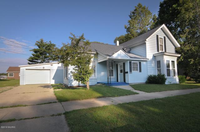 1107 Rose St Avenue, Big Rapids, MI 49307 (MLS #19033776) :: Matt Mulder Home Selling Team