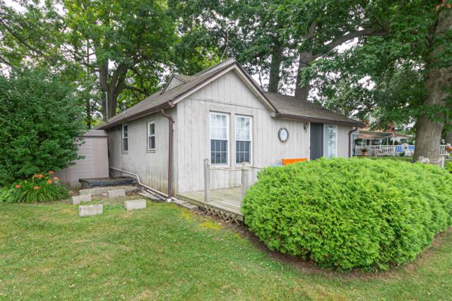 872 S Werners Trail, Bronson, MI 49028 (MLS #19033837) :: JH Realty Partners