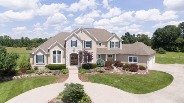 5860 W R Avenue, Schoolcraft, MI 49087 (MLS #19033844) :: Matt Mulder Home Selling Team