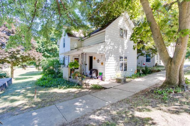 282 Walnut Street, Shelby, MI 49455 (MLS #19033941) :: Deb Stevenson Group - Greenridge Realty