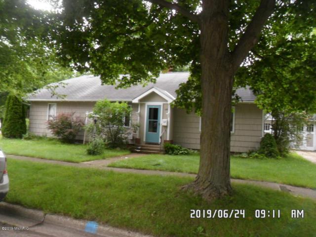 126 W Plainwell Street, Plainwell, MI 49080 (MLS #19033982) :: JH Realty Partners