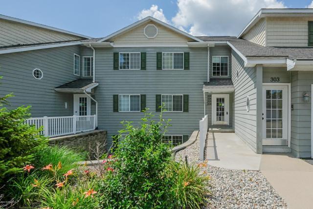 4164 W Centre Avenue #104, Portage, MI 49024 (MLS #19034015) :: Matt Mulder Home Selling Team