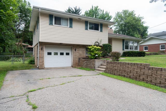 3006 Romence Road, Portage, MI 49024 (MLS #19034019) :: Matt Mulder Home Selling Team