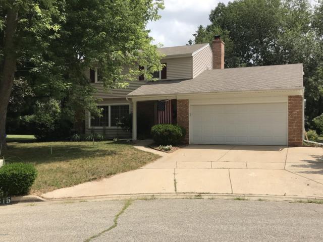 7815 Wendy Lane, Portage, MI 49024 (MLS #19034039) :: Matt Mulder Home Selling Team