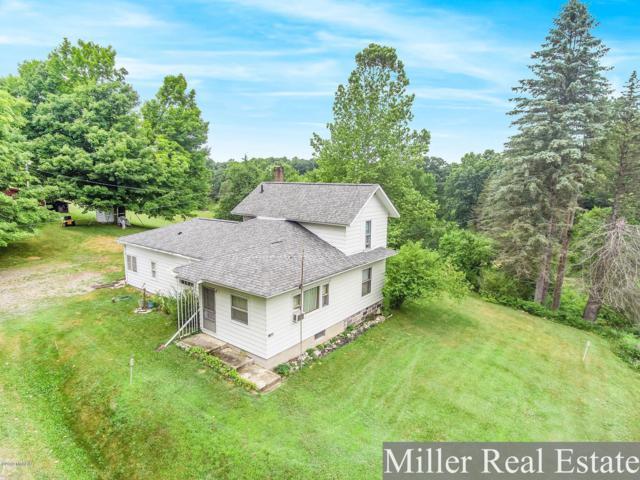 11600 Banfield Road, Delton, MI 49046 (MLS #19034058) :: Matt Mulder Home Selling Team