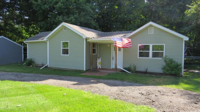 10472 Ravine Road, Otsego, MI 49078 (MLS #19034166) :: Matt Mulder Home Selling Team