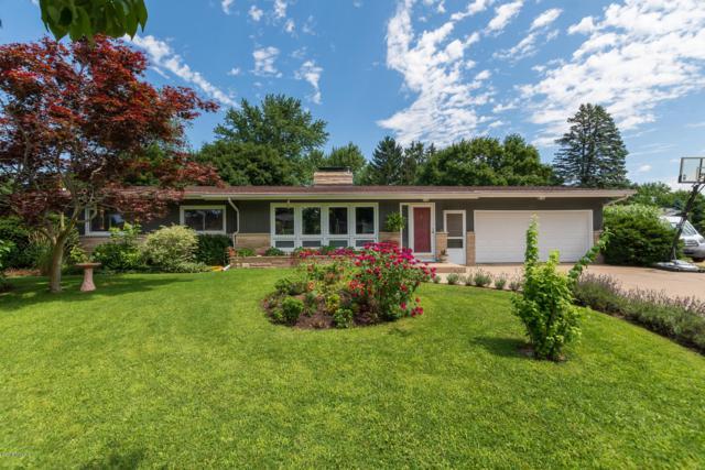 261 Lamar Drive, Portage, MI 49024 (MLS #19034414) :: Matt Mulder Home Selling Team