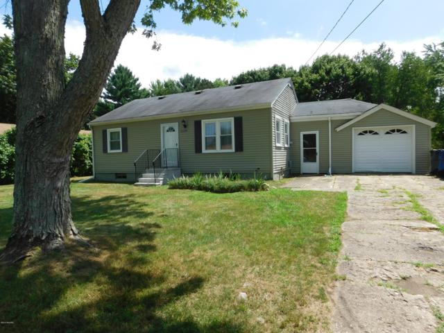 2228 Ramona Avenue, Portage, MI 49002 (MLS #19034515) :: Matt Mulder Home Selling Team