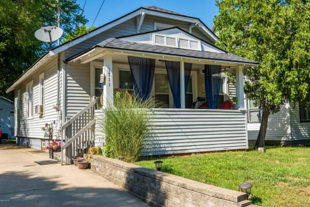 1711 Charles Avenue, Kalamazoo, MI 49048 (MLS #19036917) :: CENTURY 21 C. Howard
