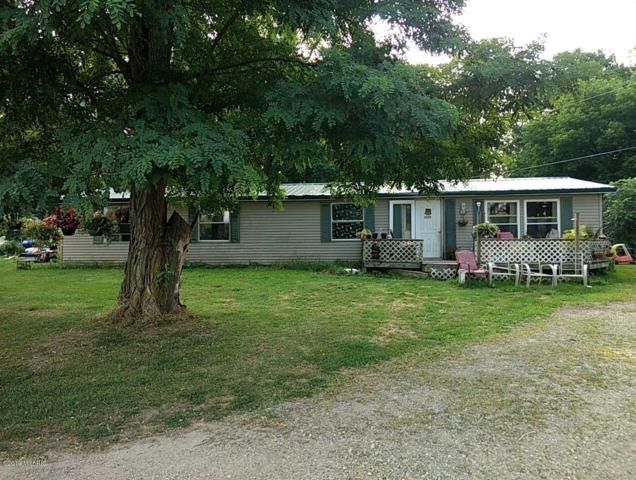 58797 Territorial Road, Lawrence, MI 49064 (MLS #19037103) :: Deb Stevenson Group - Greenridge Realty
