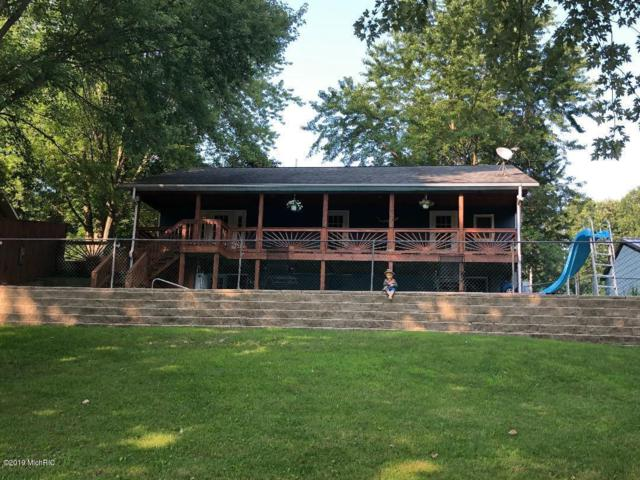 56014 Driftwood Drive, Colon, MI 49040 (MLS #19037257) :: JH Realty Partners