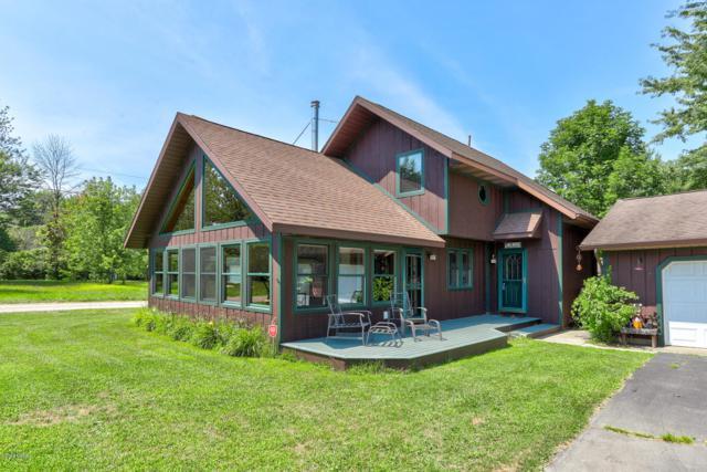65840 Front Street, Bangor, MI 49013 (MLS #19037660) :: Deb Stevenson Group - Greenridge Realty