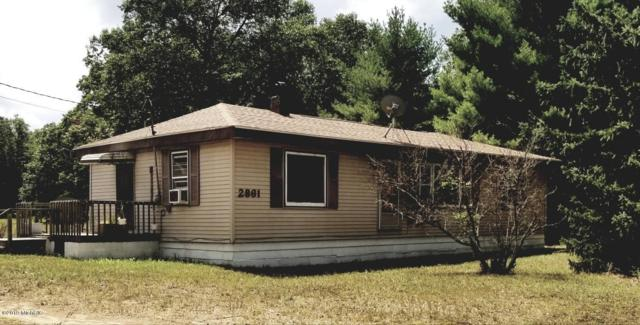 2861 E Skeels, Holton, MI 49425 (MLS #19038186) :: CENTURY 21 C. Howard