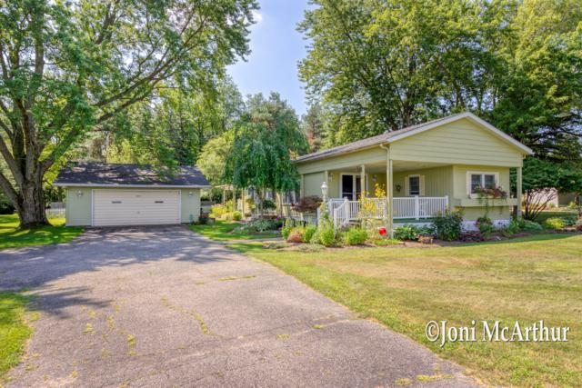 10319 Fisk Road, Belding, MI 48809 (MLS #19038206) :: Deb Stevenson Group - Greenridge Realty