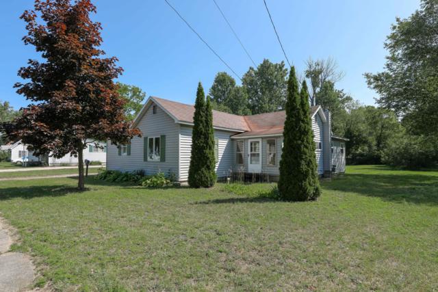 430 Colfax Street, Cadillac, MI 49601 (MLS #19038647) :: Deb Stevenson Group - Greenridge Realty