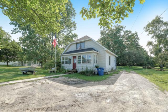 715 Sunnyside Drive, Cadillac, MI 49601 (MLS #19038652) :: Deb Stevenson Group - Greenridge Realty