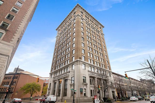 60 Monroe Center Street NW 6B, Grand Rapids, MI 49503 (MLS #19038941) :: CENTURY 21 C. Howard