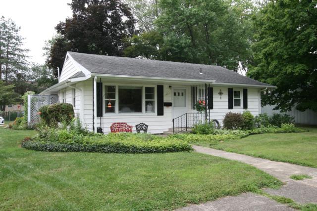 1221 Griffith Street, Sturgis, MI 49091 (MLS #19039128) :: CENTURY 21 C. Howard