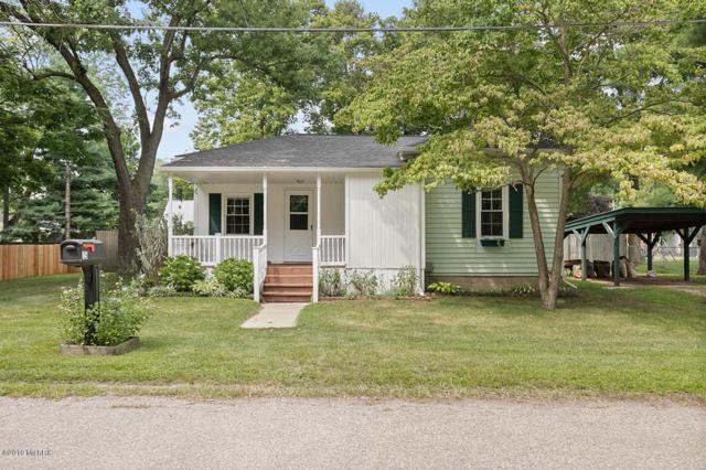 125 Prairie Avenue, Plainwell, MI 49080 (MLS #19039246) :: Matt Mulder Home Selling Team