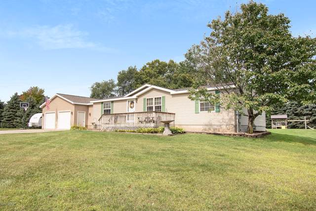 7509 W Orchard Circle, Fremont, MI 49412 (MLS #19044579) :: JH Realty Partners