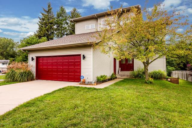 1491 Country Knoll Place, St. Joseph, MI 49085 (MLS #19044737) :: JH Realty Partners