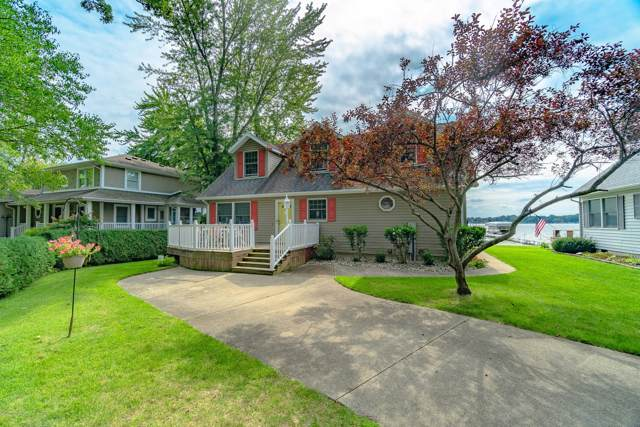 33115 Lakeview Avenue, Dowagiac, MI 49047 (MLS #19044757) :: Deb Stevenson Group - Greenridge Realty