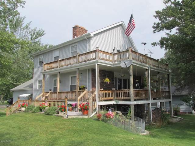 149 Lake Shore, Coldwater, MI 49036 (MLS #19044846) :: CENTURY 21 C. Howard