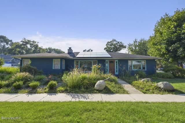 70 N Washington Street, Douglas, MI 49406 (MLS #19044853) :: JH Realty Partners