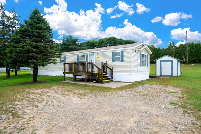 11410 Bluewater Highway, Lowell, MI 49331 (MLS #19044946) :: JH Realty Partners