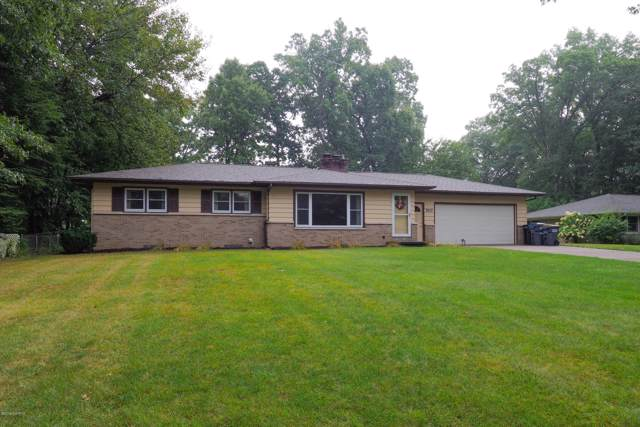 7633 Julie Drive, Portage, MI 49024 (MLS #19044955) :: Matt Mulder Home Selling Team