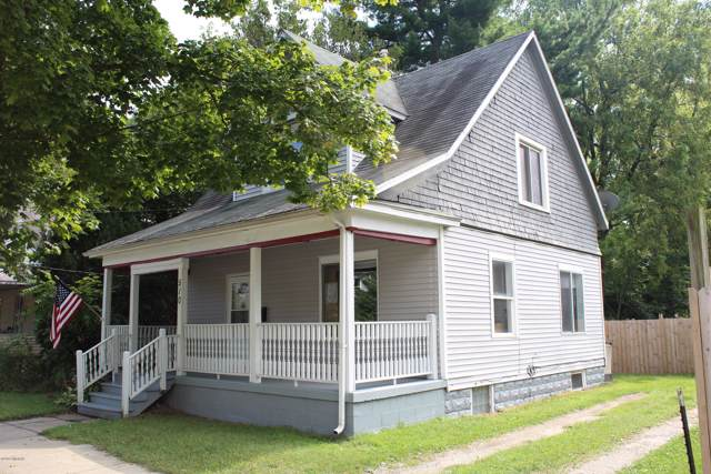 510 Cass Street, Niles, MI 49120 (MLS #19045001) :: CENTURY 21 C. Howard