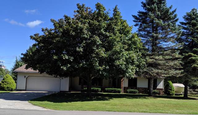 5076 Clearwater Street, Norton Shores, MI 49441 (MLS #19045137) :: JH Realty Partners