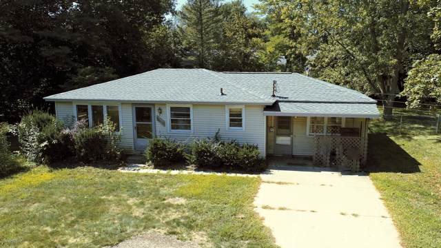 454 Elm Street, Holland, MI 49424 (MLS #19045228) :: JH Realty Partners