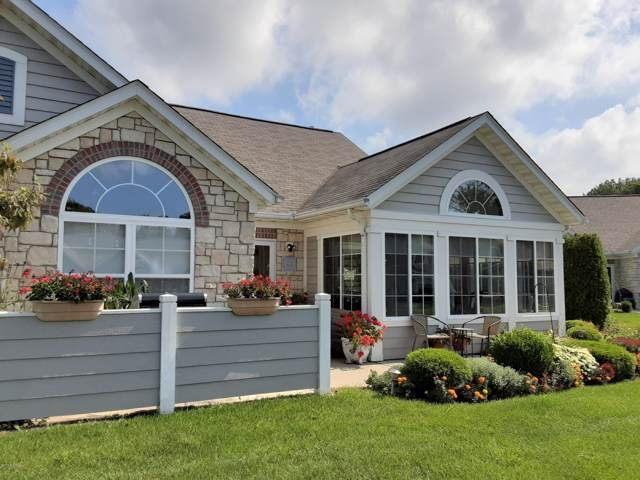 2923 Villa Lane, Benton Harbor, MI 49022 (MLS #19045281) :: JH Realty Partners