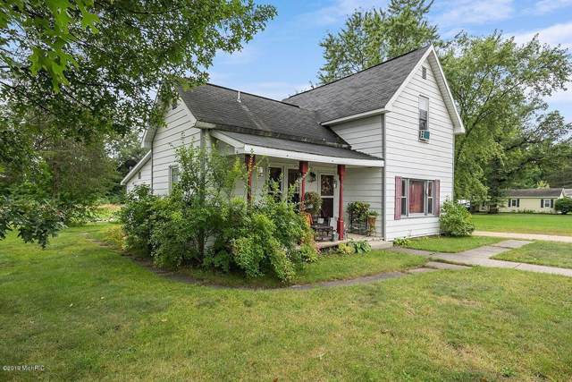 1012 E James Street, White Cloud, MI 49349 (MLS #19045289) :: Deb Stevenson Group - Greenridge Realty
