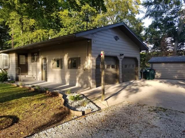 4290 Eastlake Street, Norton Shores, MI 49444 (MLS #19045381) :: Deb Stevenson Group - Greenridge Realty