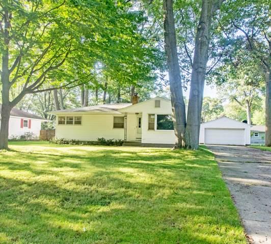 2147 Seminole Road, Norton Shores, MI 49441 (MLS #19045649) :: Deb Stevenson Group - Greenridge Realty