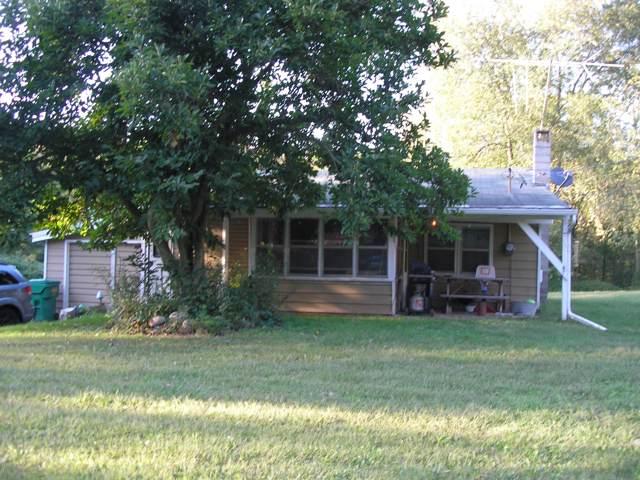 16196 Quaker Street, Vandalia, MI 49095 (MLS #19045788) :: CENTURY 21 C. Howard