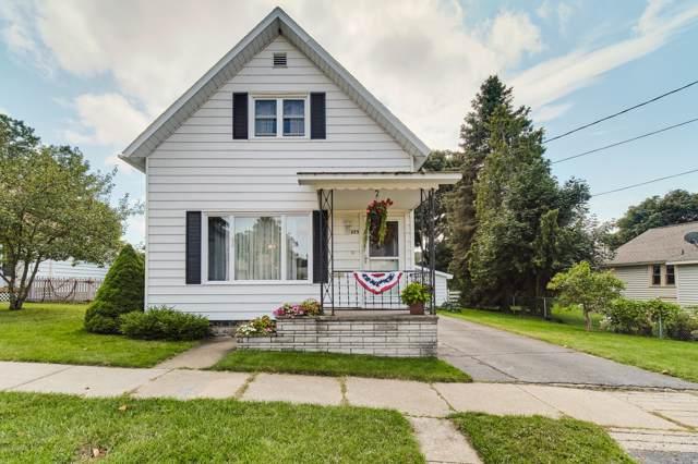 225 First Avenue, Manistee, MI 49660 (MLS #19045799) :: Matt Mulder Home Selling Team