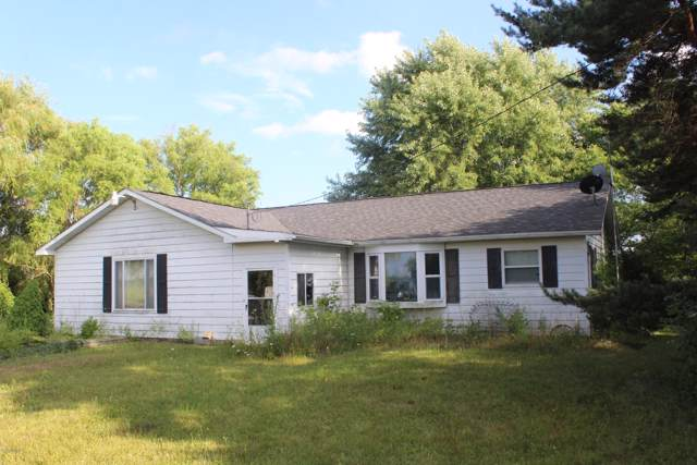 5270 E Deerfield Road, Mount Pleasant, MI 48858 (MLS #19045930) :: Deb Stevenson Group - Greenridge Realty