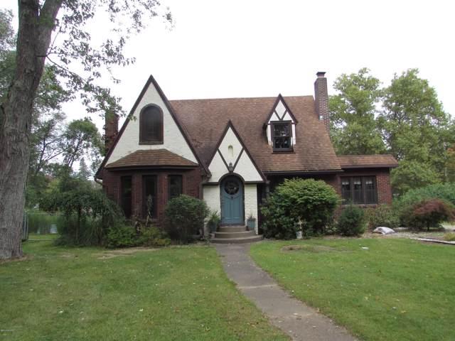 62 W Minges Road, Battle Creek, MI 49015 (MLS #19045998) :: Deb Stevenson Group - Greenridge Realty