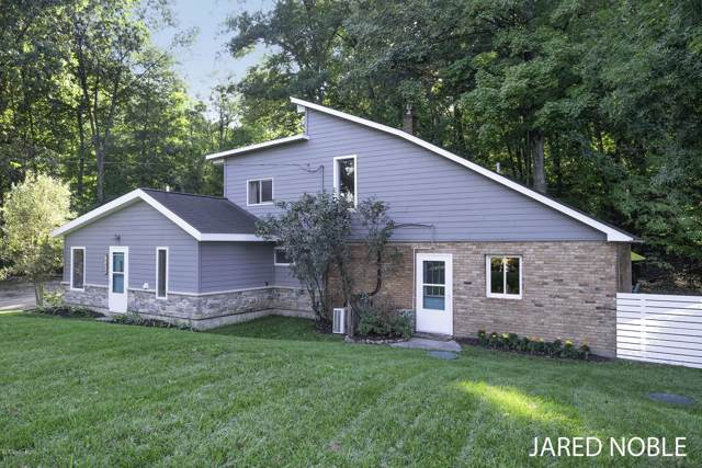 1413 Grand River Drive NE, Ada, MI 49301 (MLS #19046062) :: JH Realty Partners