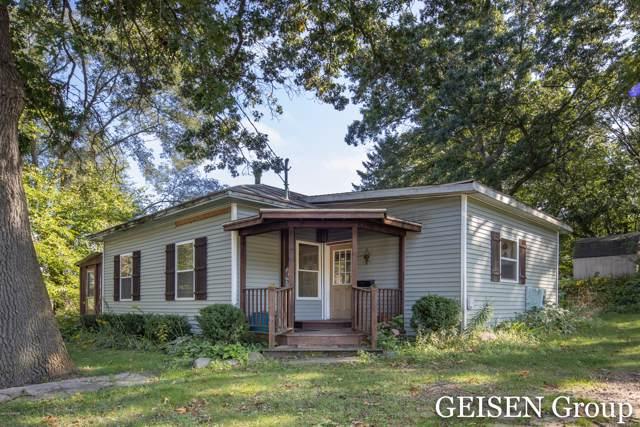 301 W Judd Street, Greenville, MI 48838 (MLS #19046070) :: CENTURY 21 C. Howard