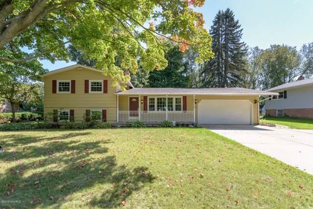 520 Hill Road, Marshall, MI 49068 (MLS #19046103) :: Deb Stevenson Group - Greenridge Realty