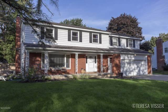 6961 Linden Avenue SE, Grand Rapids, MI 49548 (MLS #19046128) :: JH Realty Partners