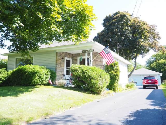 1175 Maple Road, Manistee, MI 49660 (MLS #19046131) :: Matt Mulder Home Selling Team