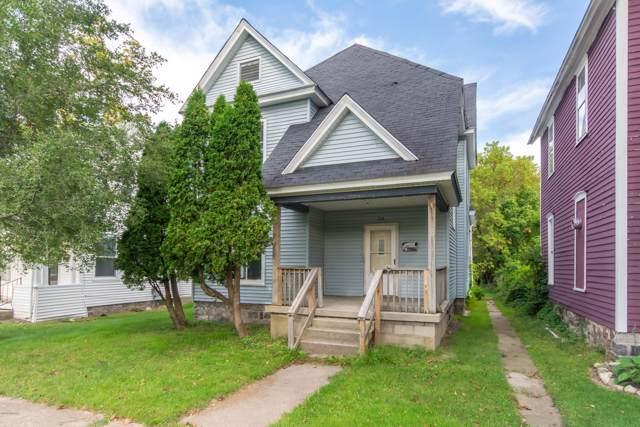 218 N Warren Avenue, Big Rapids, MI 49307 (MLS #19046211) :: Deb Stevenson Group - Greenridge Realty