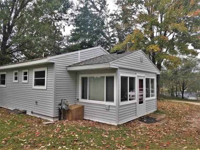 11590 Riverside Drive, Big Rapids, MI 49307 (MLS #19046221) :: Deb Stevenson Group - Greenridge Realty